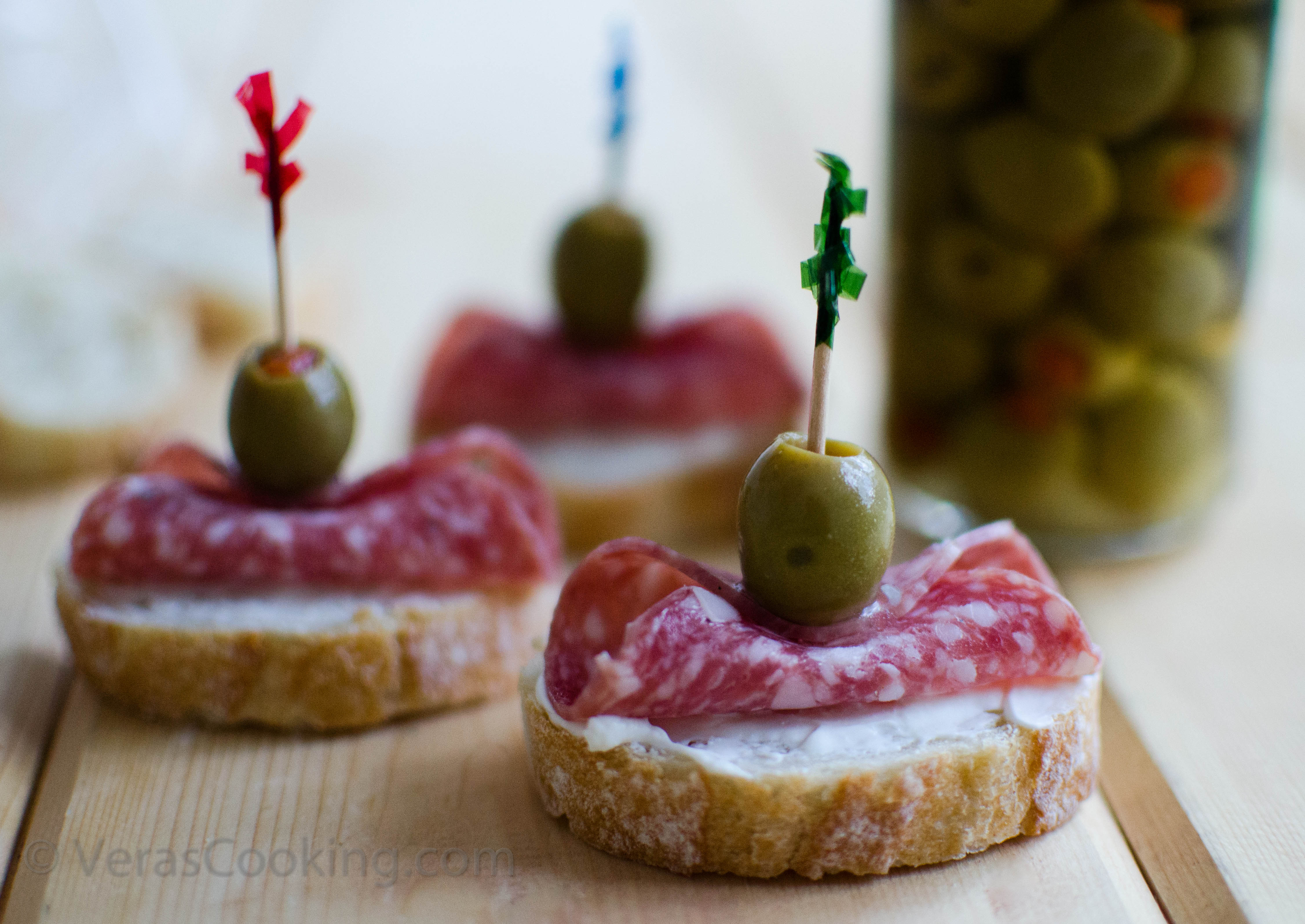 Salami canapes vera 39 s cooking for Italian canape ideas